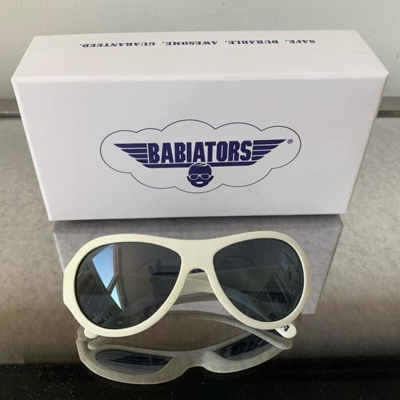 Babiators Other - White Babiators Age 0-3